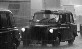 Six reasons every assistant should be using a corporate taxi service