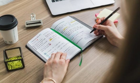 Managing your Executive's schedule like a mega star