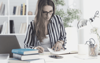 How assistants can learn to improve business processes